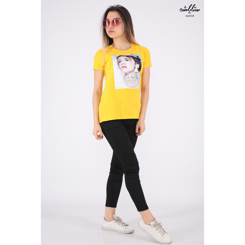 Elegant yellow T-shirts with nice prints and outstanding details for a beautiful view