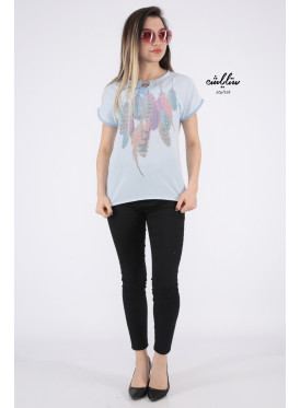 Elegant sky blouse decorated with gentle feather prints