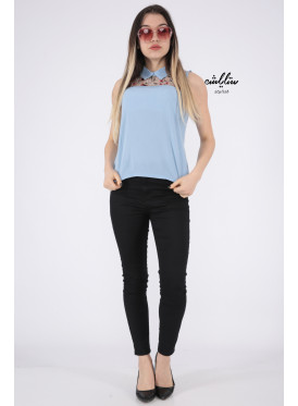 Elegant sky backless blouse decorated with high collar