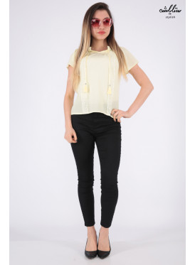 Elegant yellow shoulder backless blouse decorated with lace