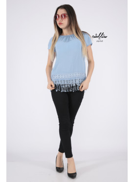 Soft sky blouse with sleeves of schulder decorated with edges