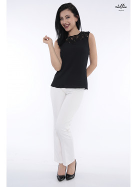 Elegant black backless blouse decorated with lace