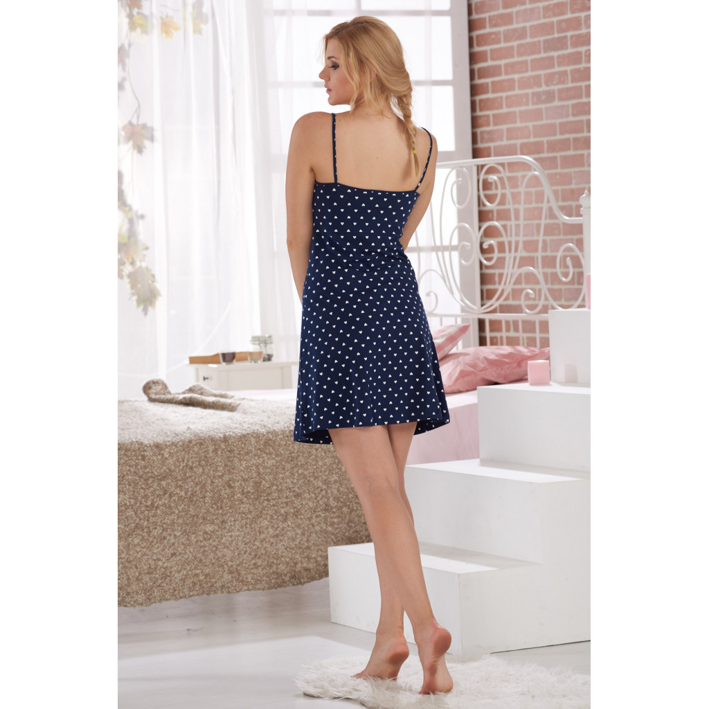 A short dress, full of bare shoulders, full of decorated blue-coloured
