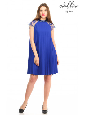 Elegant mini dress in blue with lace decorated with crumb crisp feminine soft