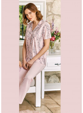 Soft pink pajama with formal collar for a comfortable feel and great view