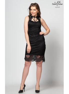 Short shoulder dress with high neck and charming view
