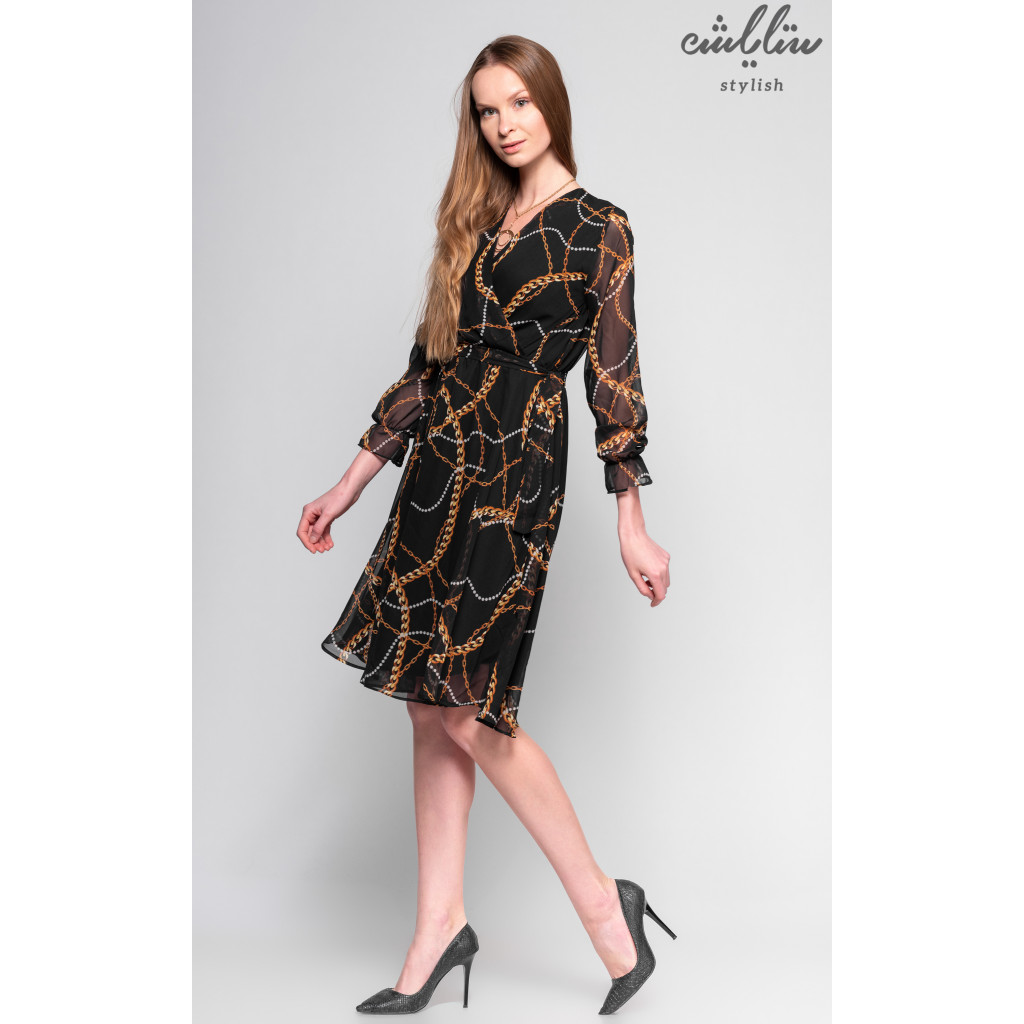 Elegant black chiffon dress with long and attractive view