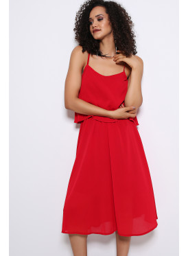 The dress is very soft in red, midi, sleeveless with a beautiful design