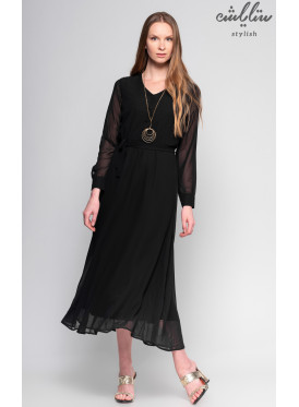 Black maxi dress with long sleeves and buttons on the chest with soft view
