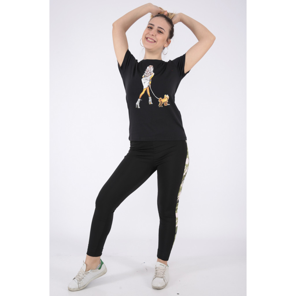 Elegant black T-shirts in Nice prints with a touch of soft crystal