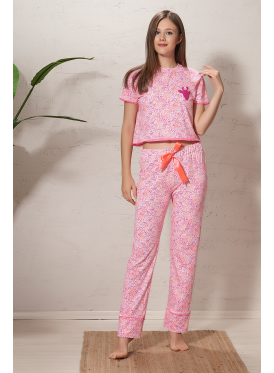 A beautiful women's pajamas with a trendy, soft and comfortable back story on the skin