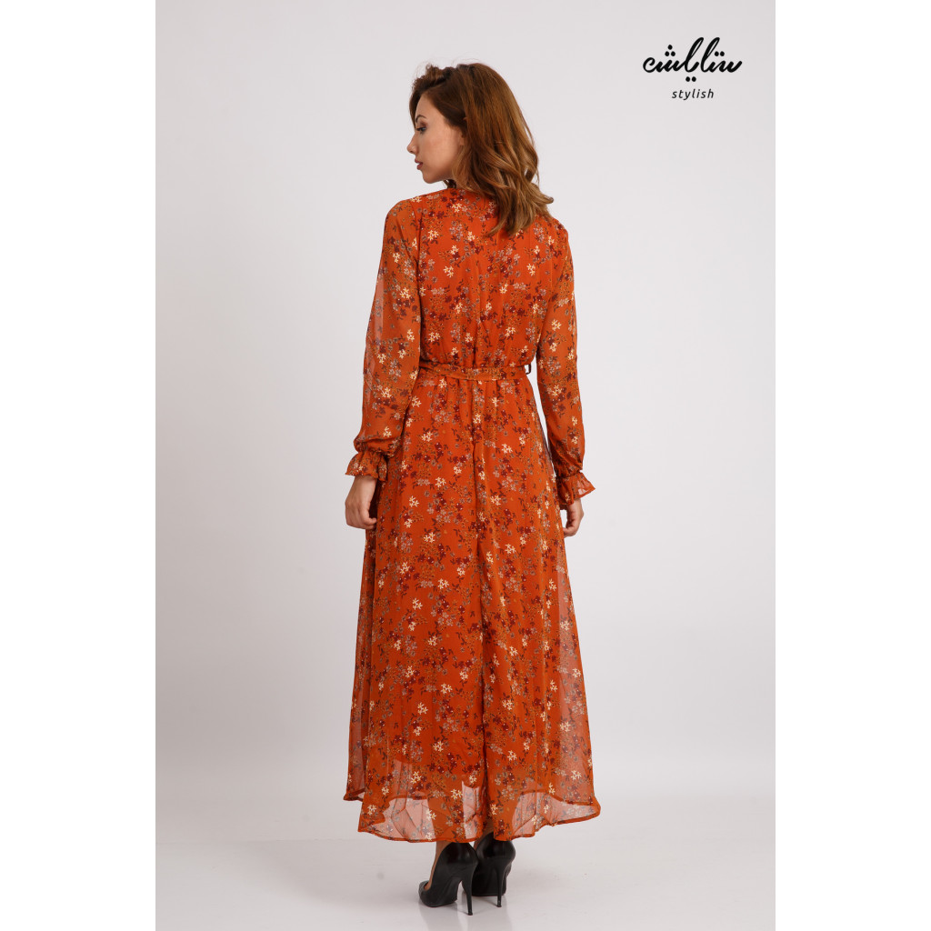 Long-sleeved brown dress and soft and elegant design