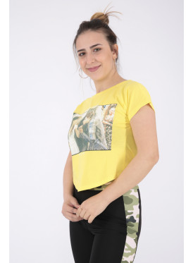 Elegant yellow T-shirt with nice print for beautiful