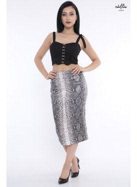Stylish midi skirt of grey sequin with attractive crisp snake skin design
