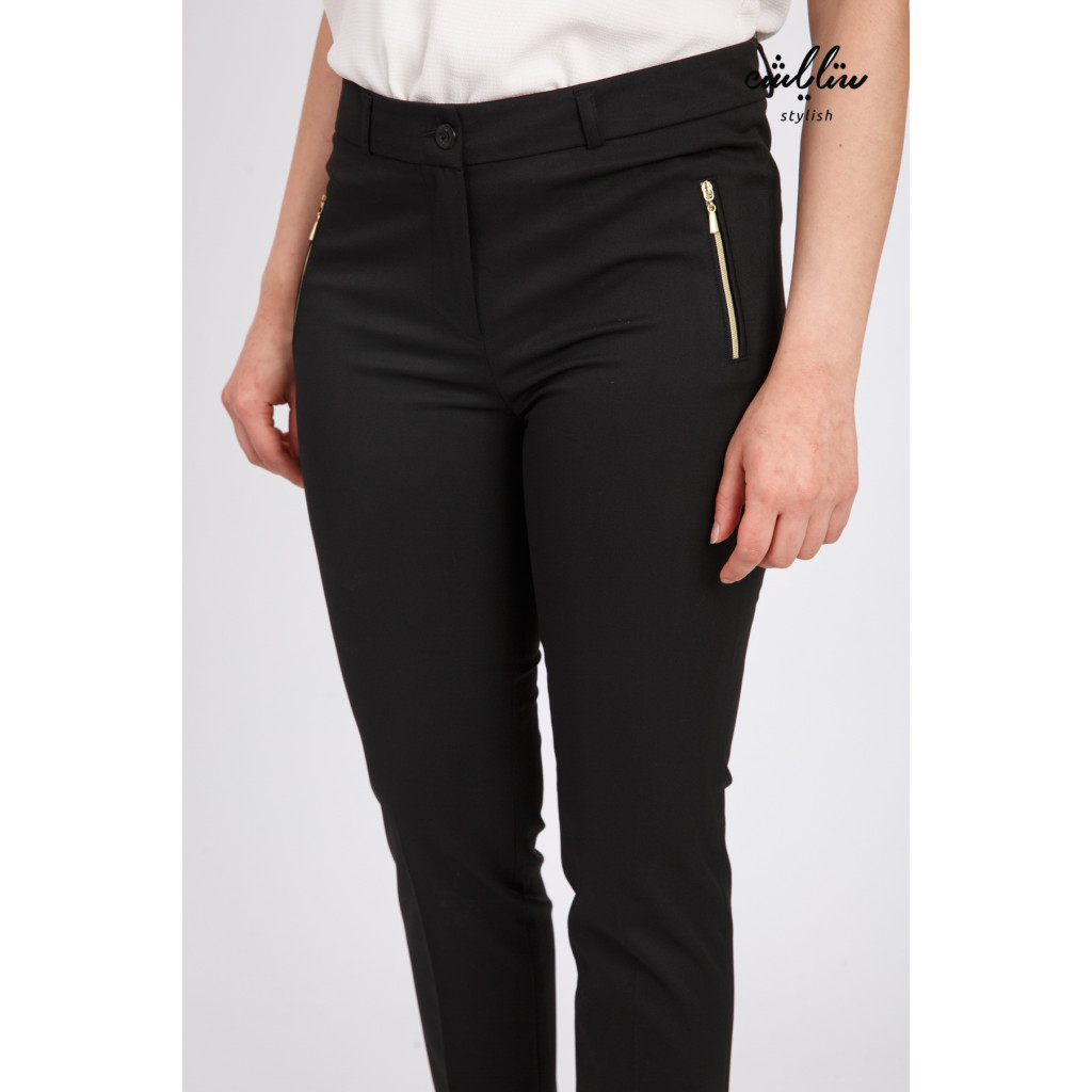 Stylish black zipper with tight design to give a great look