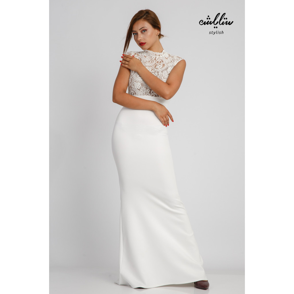 Off-white maxi dress with a high lace top for a sophisticated and feminine look