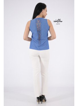 Blue top with soft design