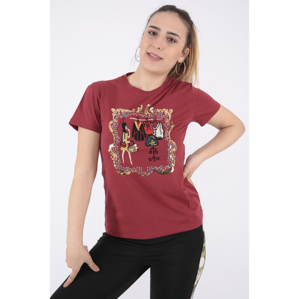 Designer T-shirt in red in elegant prints with a touch of sequins