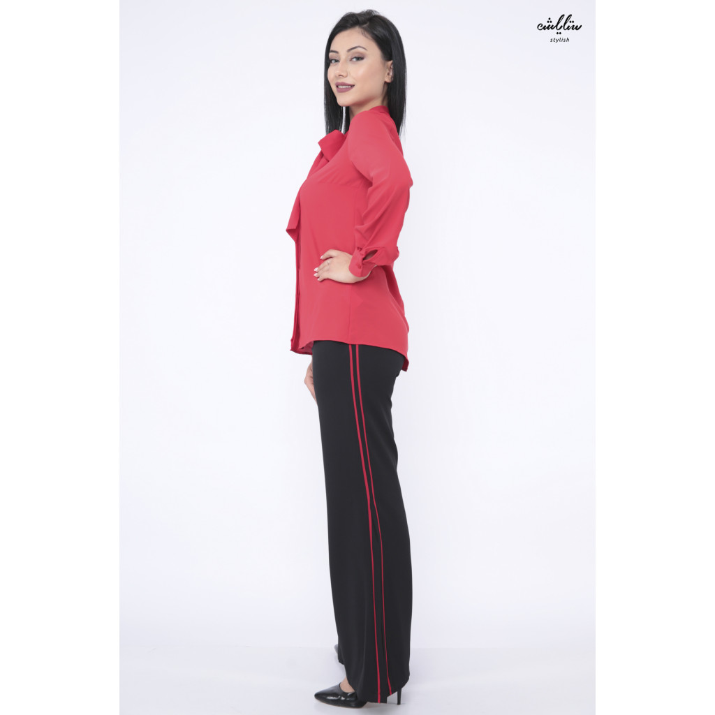 Chic set with red blouse and black trousers
