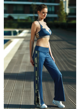 Blue Sport set, side slit trousers and elegant sports bra